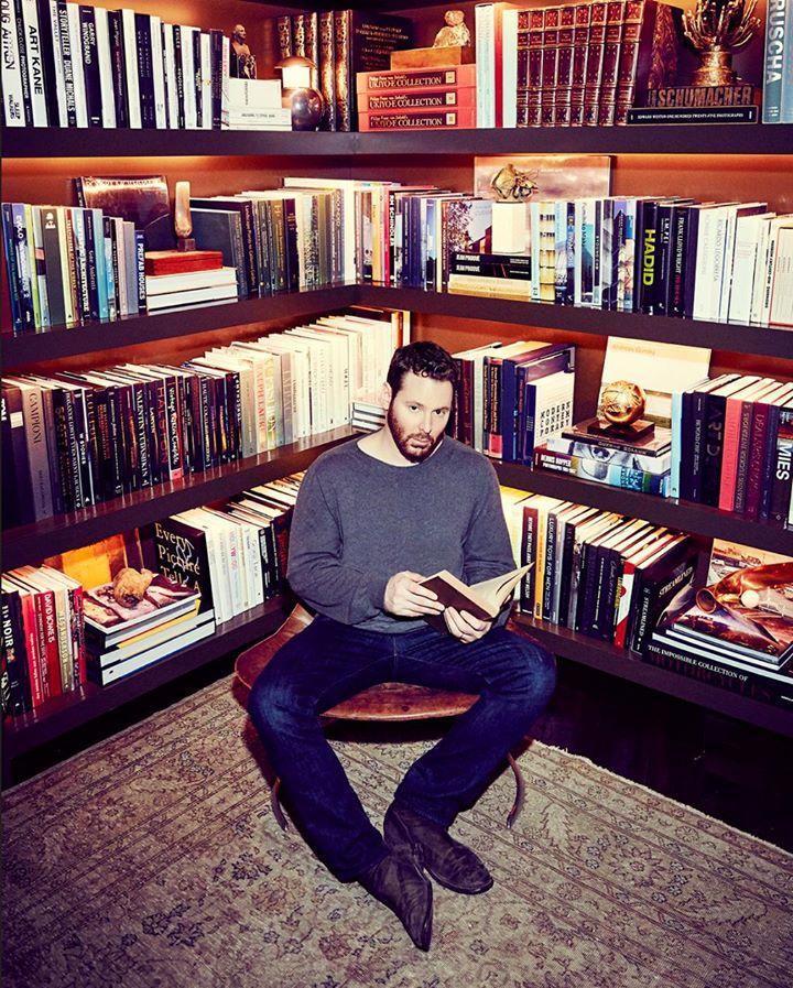 Паркер в своем доме в Лос-Анджелесе, April 7, 2016 Photograph by Joe Pugliese for Fortune Magazine
