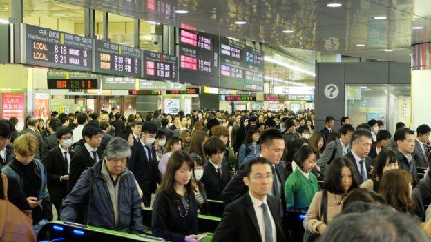 Японский босс имеет сотрудницу фото 295-166